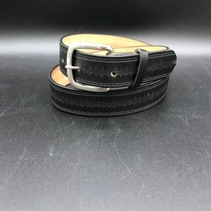 Pretty leather belt
